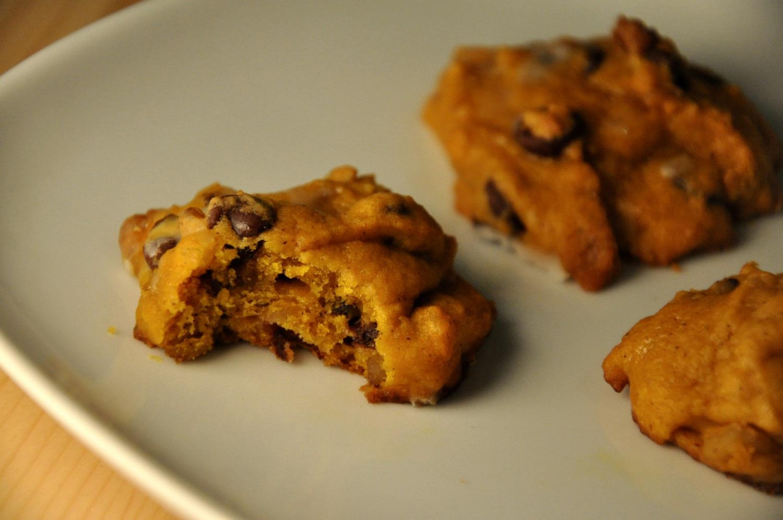 Chocolate Chunk Walnut Cookie Pie Recipes — Dishmaps